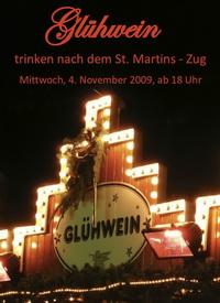 Glühwein trinken nach dem St.-Martinszug